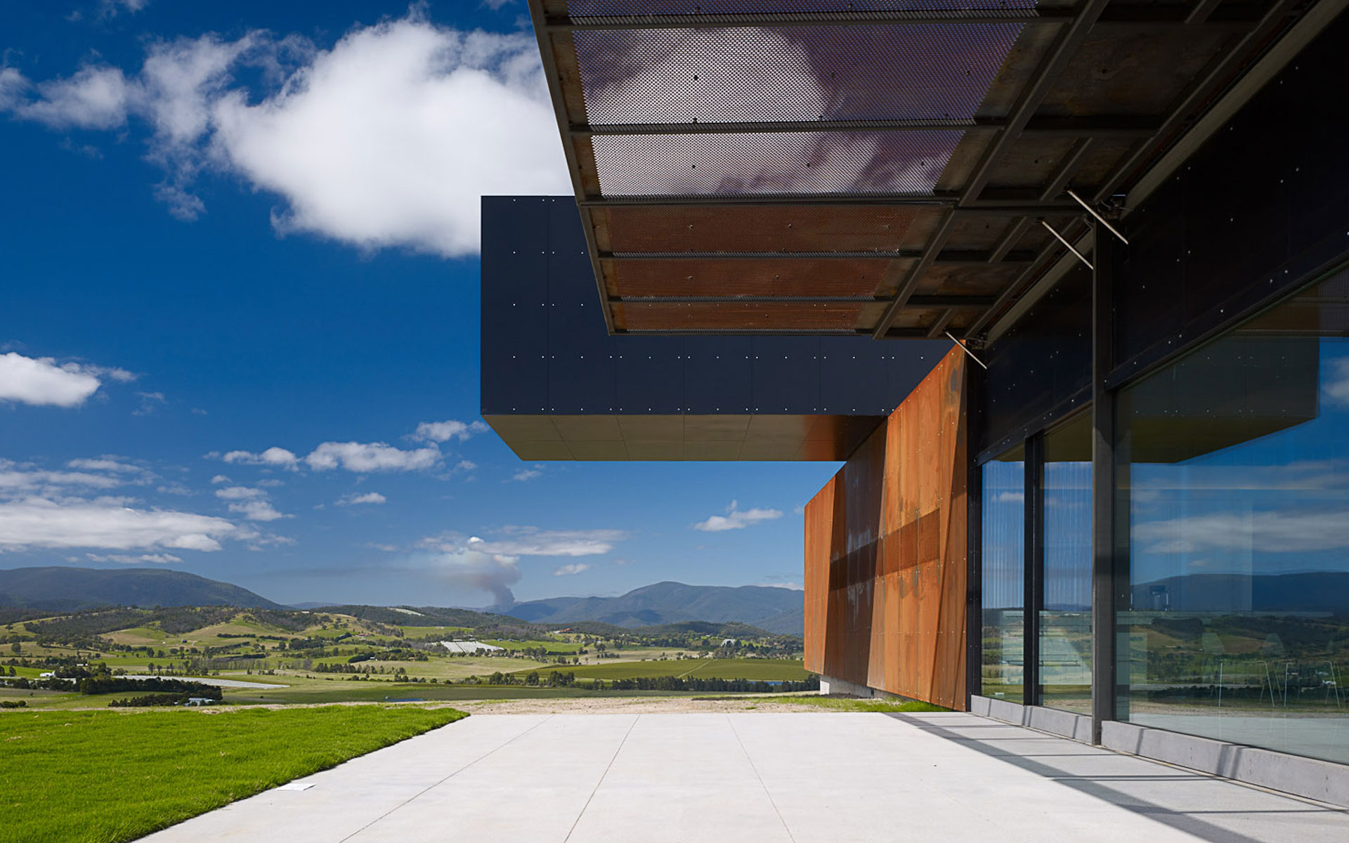View hill house vineyard yarra valley australia denton - House with a view ...